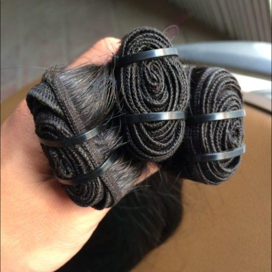 Черный волос трессы